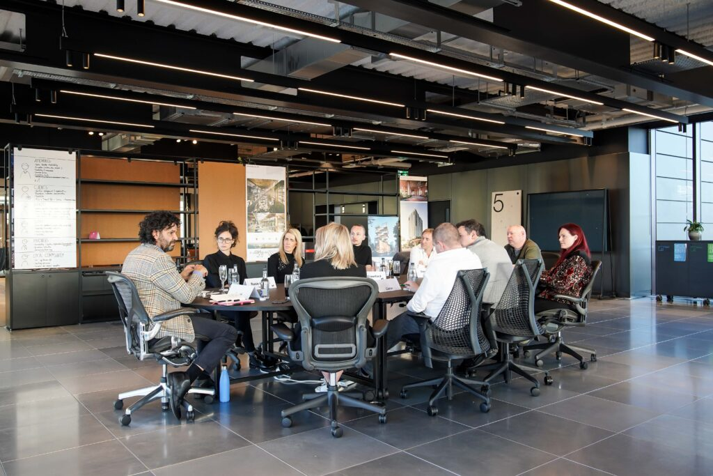 Mix Roundtable: Happiness within the Workplace