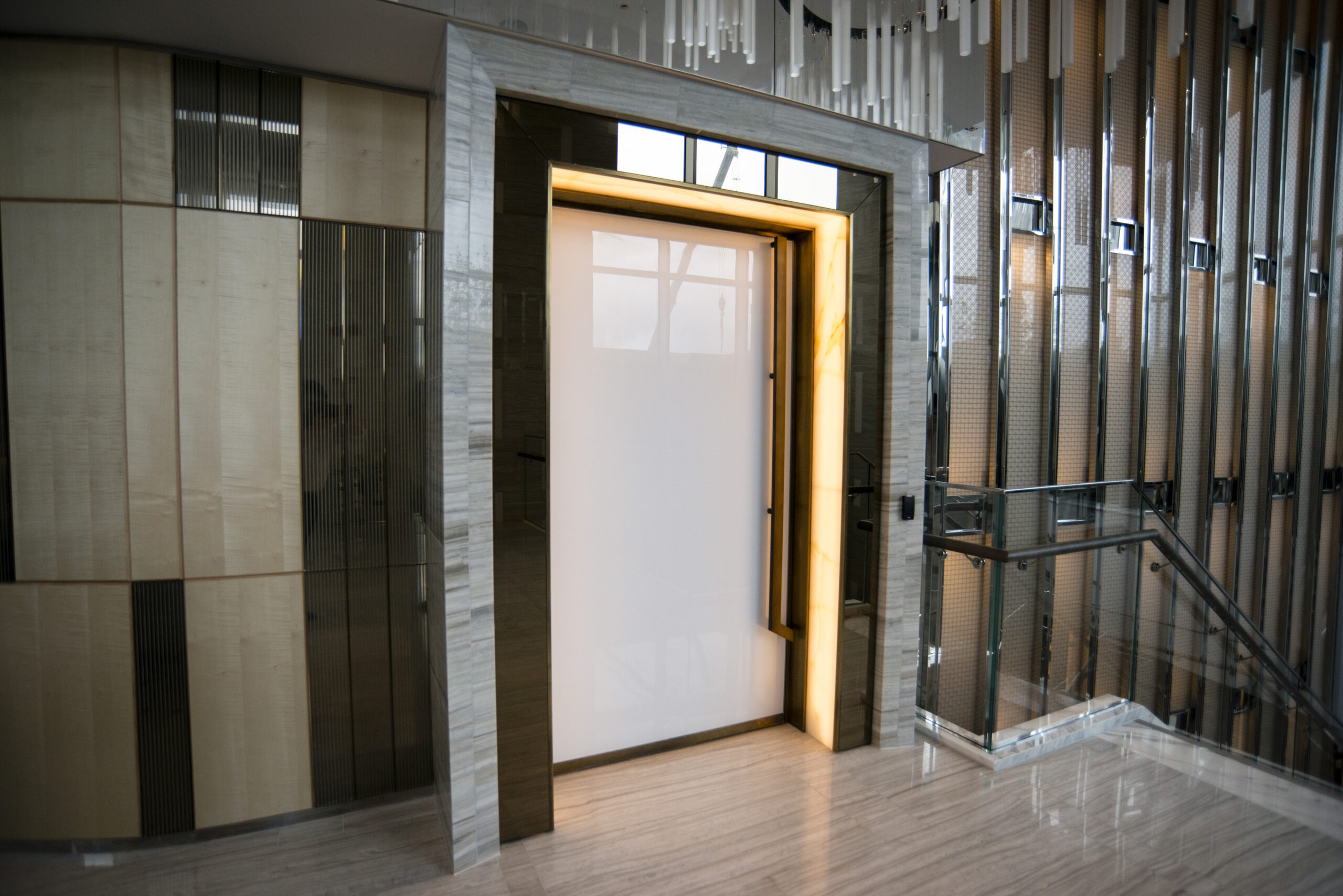 Laminated Glass and Bronze Mirrors for High-End Residential Project